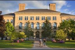 Đại học Massachusetts, Mỹ